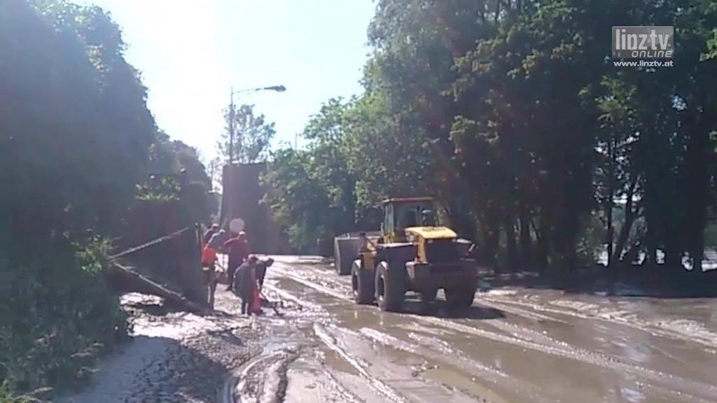 Hochwasser 2013: Aufräumarbeiten II