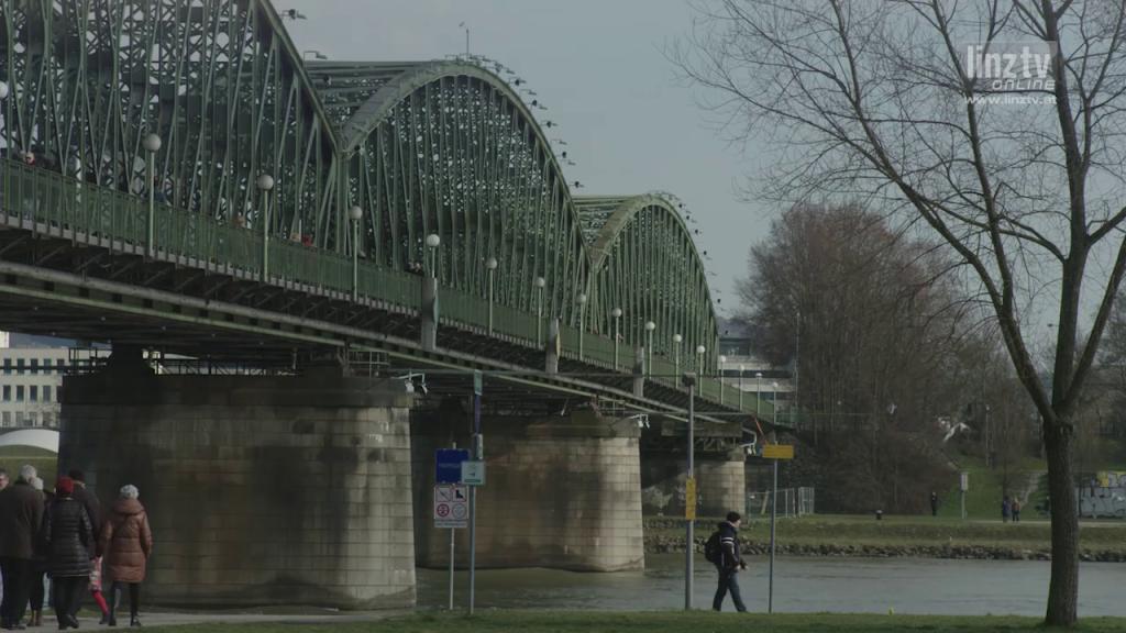 Abschied von Eisenbahnbrücke
